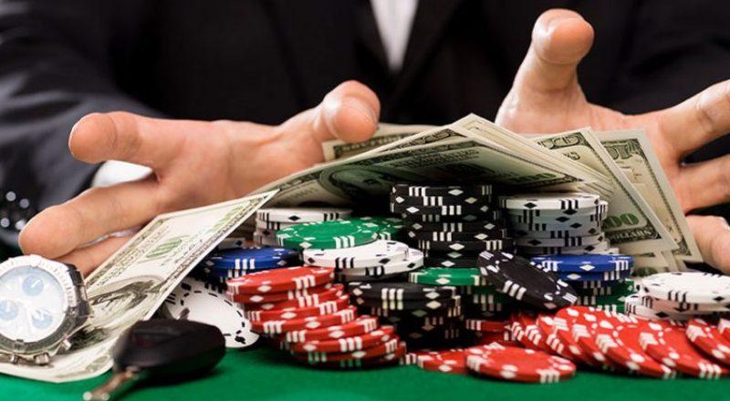 Menghasilkan Uang Bermain Poker Online